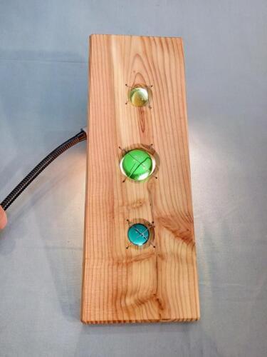 A17, dekorace, zahrada - byt, modřín,jablonecké sklo, efekt proti světlu, závěsný řetízek, d- 13 cm, v - 36 cm - 550 Kč