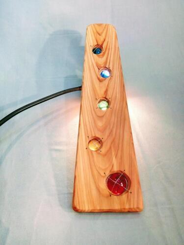 A18, dekorace, modřín,efekt proti světlu či slunci, jablonecké sklo, řetízek na zavěšení, d- 13 cm , v - 50 cm - 550 Kč