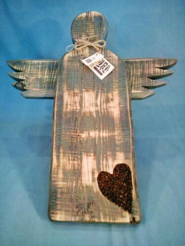 A2, dřevěný závěsný anděl, šedý, staré dřevo - srdce vyplněné perličkami, vintage sty, d - 50 cm . v - 58 cm - 500 Kčl